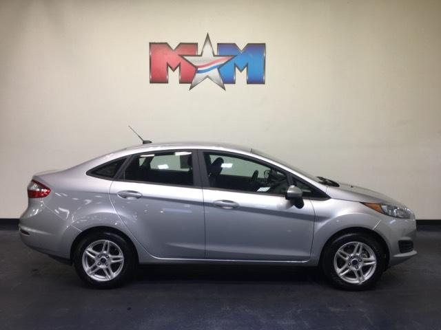 Pre-Owned 2017 Ford Fiesta SE Sedan