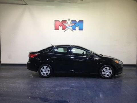 Pre-Owned 2017 Ford Focus S Sedan