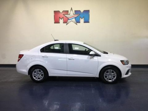 Pre-Owned 2017 Chevrolet Sonic 4dr Sdn Auto LS