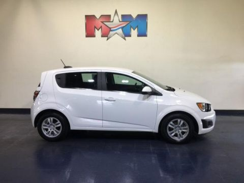 Pre-Owned 2015 Chevrolet Sonic 5dr HB Auto LT