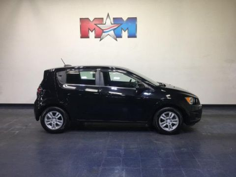 Pre-Owned 2016 Chevrolet Sonic 5dr HB Manual LT